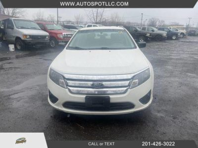 2012 Ford Fusion S Седан 4D