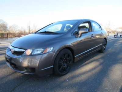 Honda 2010 Civic LX 4 Drs One Owner Spark Grey Auto 116K Mint in / out