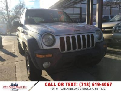 Jeep Liberty 4dr Sport 4WD 2003 года