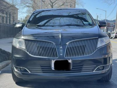 Lincoln MKT 2013 года