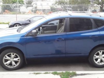 Nissan Rouge 2008 года
