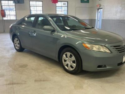 Toyota Camry LE 2009 года
