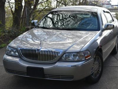 2006 Lincoln Town Car Signature Limited сверхмалые мили
