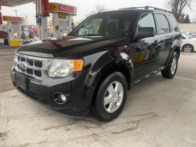 2011 Ford Escape XLT ..... 119k ..... AWD ...