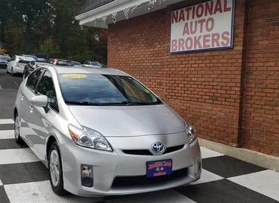 2011 Toyota Prius 5dr HB III 2011 года