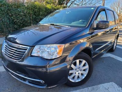 2014 Chrysler Town And Country Touring 86K