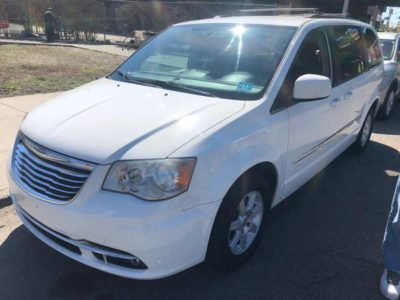 Chrysler City and Country 2012 г.
