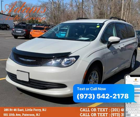 Chrysler Pacifica Touring FWD 2017 года