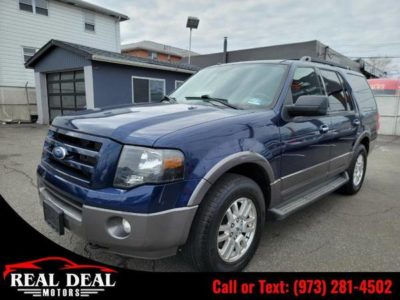 Ford Expedition 4WD 4dr XLT 2012 года