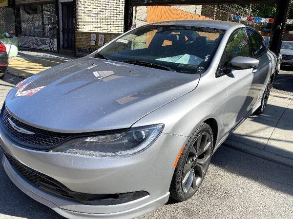 Chrysler 200 S 2016 года