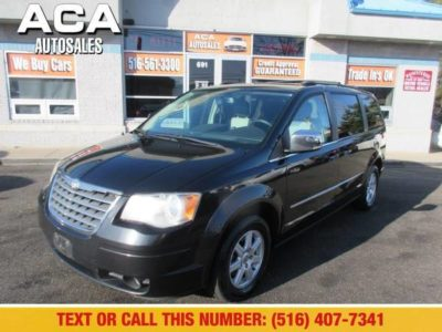 Chrysler Town & Country 4dr Wgn Touring Plus 2010 года