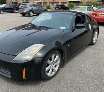 Nissan 350z Touring 2005 года